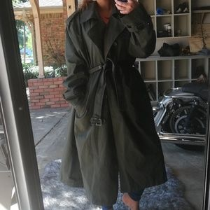 Fabrini wear in good health vintage green trench